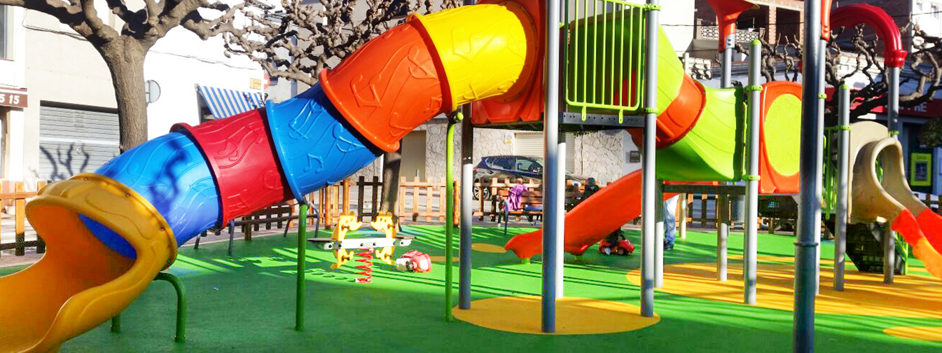 Novatilu installs two new playgrounds